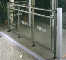 贝克洛高性能系统门窗  铝合金阳台别墅露台栏杆