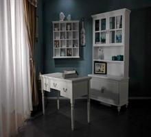 加州旅馆     书柜+书桌+挂柜