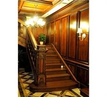 原木楼梯 整体楼梯