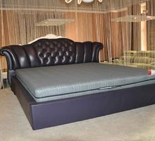 朝安家具 S1-8097 1.8米时尚真皮软床